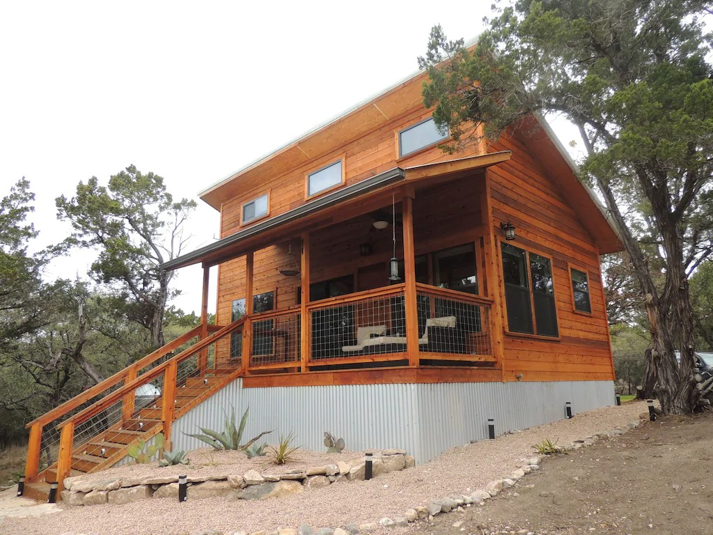 hillcountry creekside cabin one of the best cabins in texas