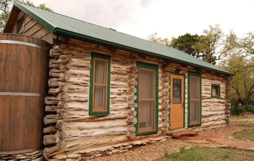 a photo of cedar cabin retreat one of the best log cabins in texas