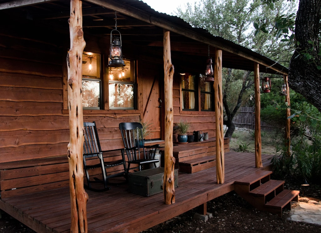 the moonshiner cabin one of the most romantic cabins in texas