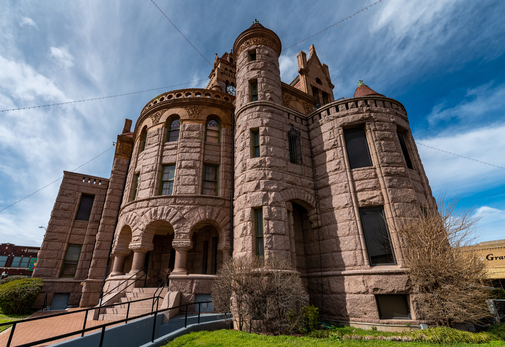 Side picture of the Wise County Courthouse in Decatur on the square, a castle in Texas.